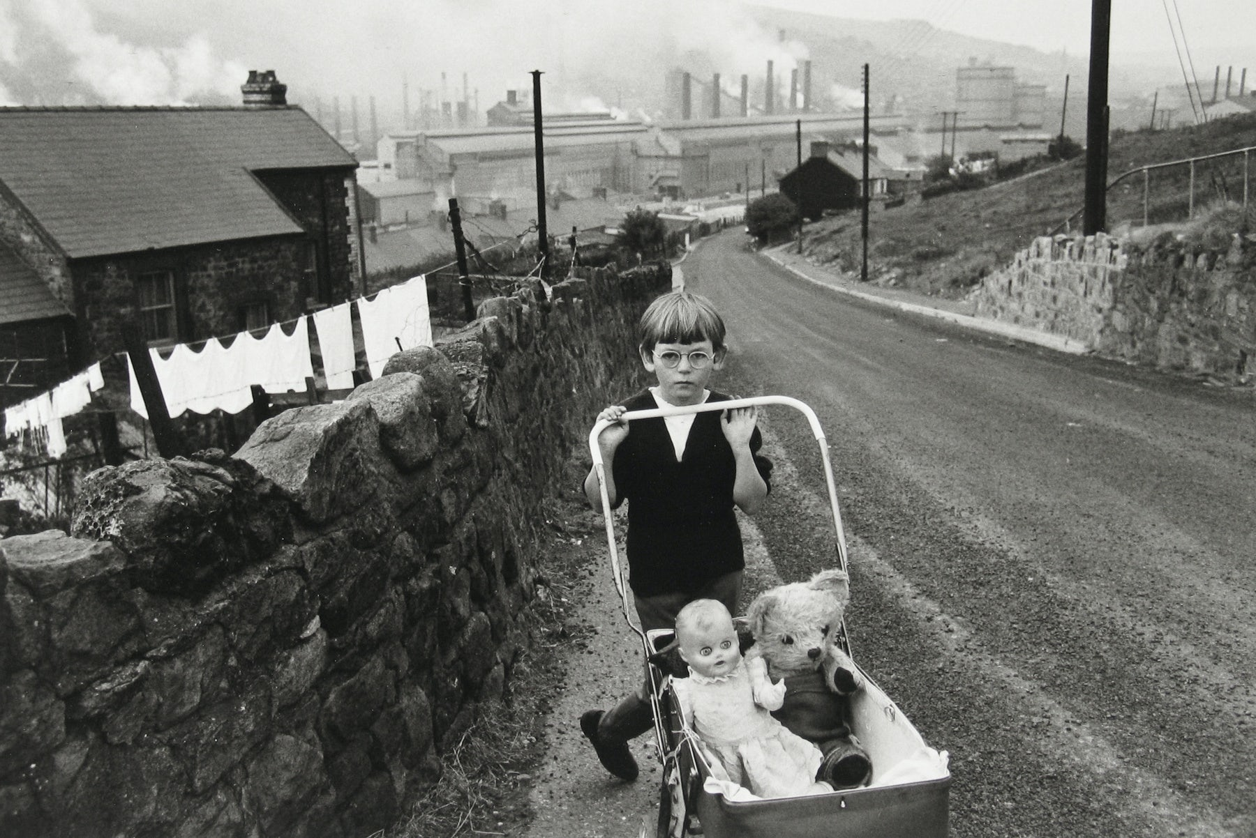 An iconic portrait taken in Wales and included in included in a new Bruce Davidson exhibition